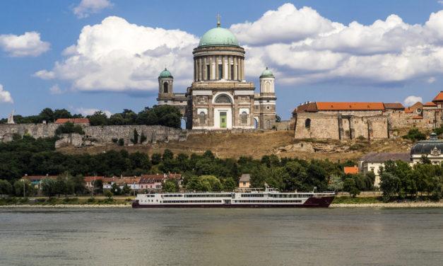 Donaumetropolen und Donauknie